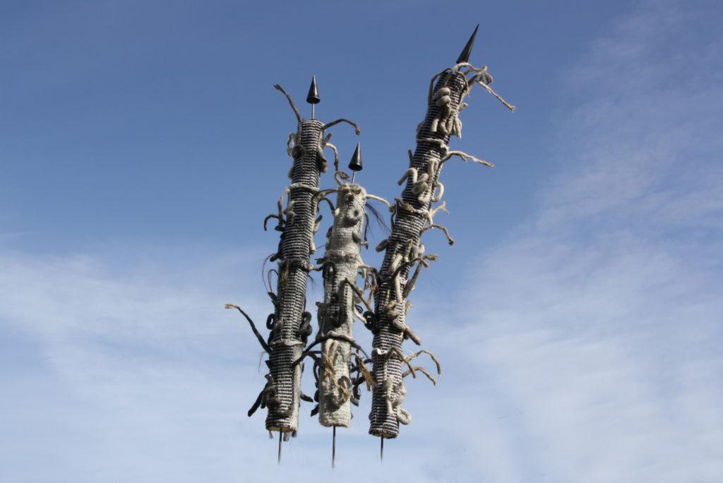 Méduline - Sculpteure de laine feutrée - Les gardiens au coeur de prêle